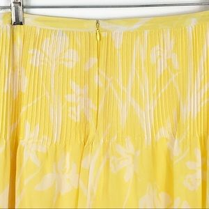 Tommy Hilfiger Skirts - Tommy Hilfiger Pin Tuck Pleated Floral Skirt Sz 6